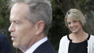 Kristina Keneally listens as Bill Shorten holds a campaign press conference.