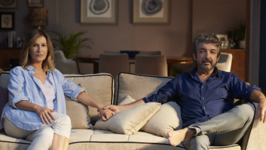 Sixty-somethings Mercedes Moran (Ana) and Ricardo Darin (Marcos)  confront their empty nest.