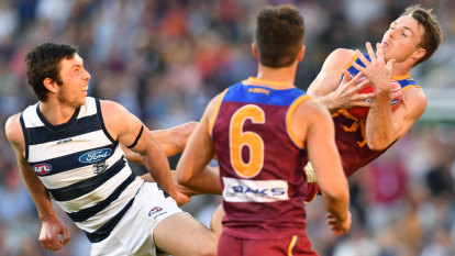 Early taste of finals for Cats and Lions in hard-fought thriller