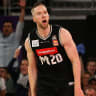 Big shots, blown calls see United past Adelaide 36ers