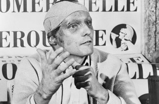 Niki Lauda following his near fatal crash at the German Grand Prix six weeks previously, announces he would start at the Italian Grand Prix at Monza, September 1976..