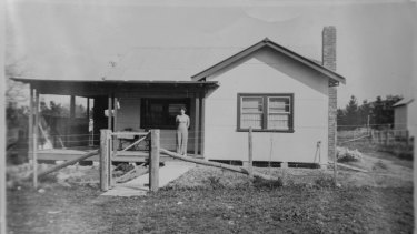 An early photograph of Gwen Lawless' home on the Glenloch property in Canberra.