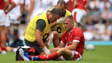 Gareth Anscombe's injury is a major blow to the Welsh.