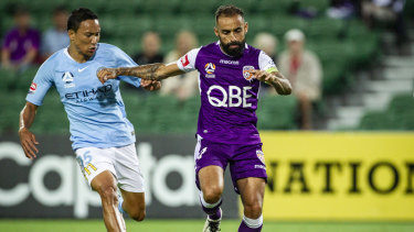 Diego Castro could hold the key for Perth Glory winning its first A-League title this season.