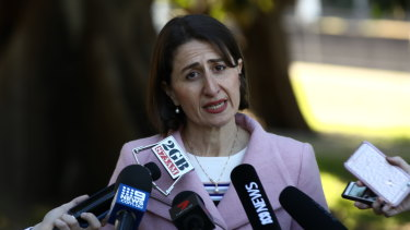 NSW Premier Gladys Berejiklian announces that Daryl Maguire will quit.
