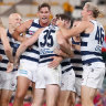 As it happened: Rampaging Geelong Cats charge into preliminary final after smashing Collingwood Magpies