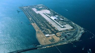 The Jetstar 787 remains grounded at Kansai International Airport.