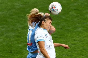 Double header: Sydney's Sofia Huerta and Melbourne's Ellie Carpenter at AAMI Park.