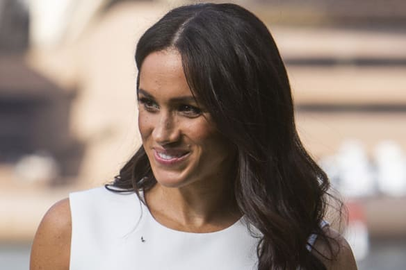 How to get Meghan's oh-so-perfect old Hollywood waves
