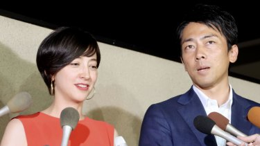The paternity leave plans of Environment Minister Shinjiro Koizumi, who is married to TV personality Christel Takigawa, have caused a media stir.