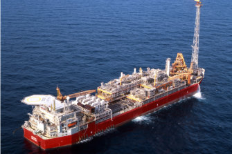 The crisis at the Northern Endeavour has fuelled worries about the future remediation of ageing oil platforms.