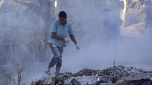 Syrian and Russian warplanes pound Idlib before talks: monitor
