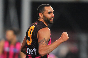 Shaun Burgoyne celebrates a goal for Hawthorn in 2016.