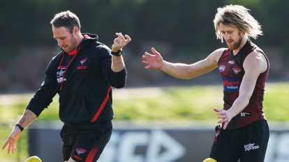 What Truck is driving Essendon?