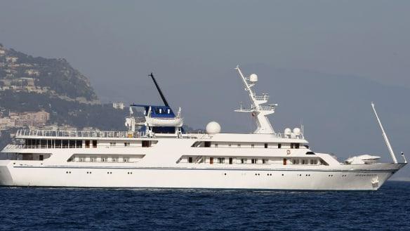 Saddam's super-yacht winds up as sailors' hotel