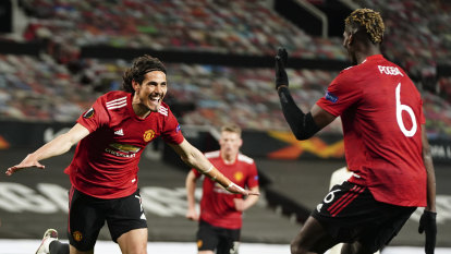 Man United hit Roma for six as Arsenal fall to Villarreal