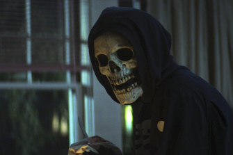 A scene from Fear Street: Part 1, 1994, which is based on R.L. Stine's much loved novels, which were the scarier teenage alternative to his Goosebumps series.