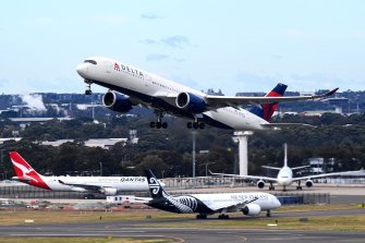 International airlines say they are not prepared to start selling more tickets to Australians trying to come home.