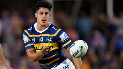 Brown to stay with Eels after inking three-year $2.1 million deal