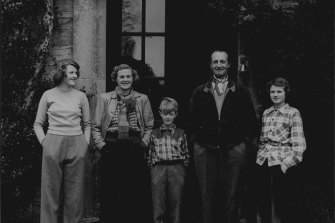 Daphne du Maurier at home at Menabilly in 1951 with her children, from left, Tessa, Kit and Flavia, and husband Ian Constable-Maxwell.