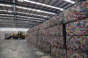 COEX figures reveal that on average, the scheme only collected and recycled 61 per cent of cans and bottles sold in Queensland in the past financial year.