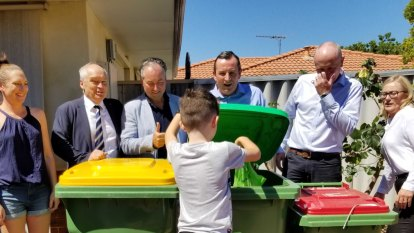 'Bringing WA out of the dark ages': Three-bin system to be rolled out across Perth