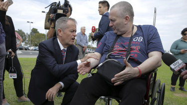 Rob Gibbs, who has leukaemia, challenges Bill Shorten about the ALP's cancer policy, saying he has almost no trust in any politicians.