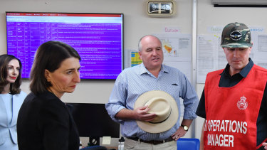 Premier Gladys Berejiklian and Minister  for Emergency Services David Elliott at a briefing at the RFS Hawkesbury Control Centre on December 17.