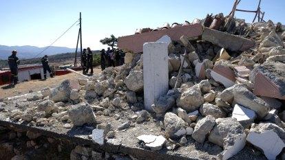 Strong quake hits Greek island of Crete