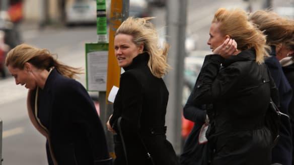 Damaging winds to sweep across Victoria, bureau warns