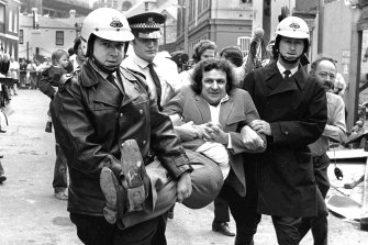 Jack Mundey being carried from a protest at The Rocks in the early 1970s.