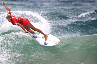 World champion Stephanie Gilmore at Manly, 2015.