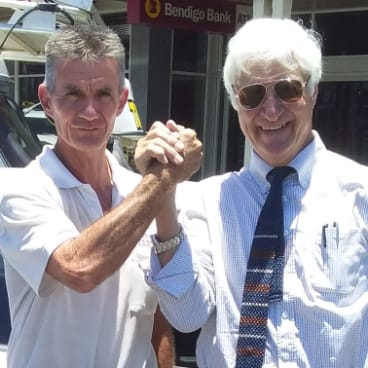 Bob Katter MP with Tony Snell from Innisfail Taxis.
