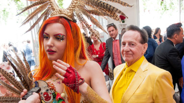 Geoffrey Edelsten and Gabi Grecko at Melbourne Cup in 2014.