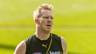 Recovery session: Jack Riewoldt trains with Richmond during his time out with a wrist injury.