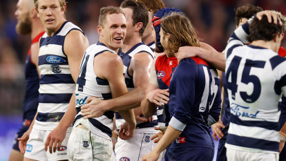 Selwood wants Cats to fight on, but is it time they dropped back?