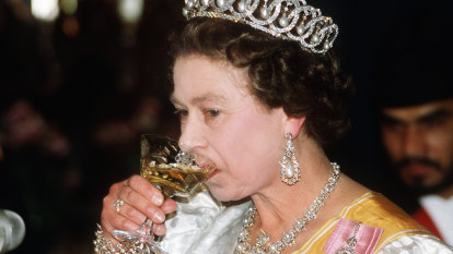 Queen told to ditch her martini-a-day habit. But is it really that bad?