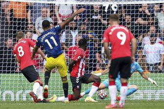 Mason Greenwood equalises for Manchester United against Southampton at St Mary's on Sunday.