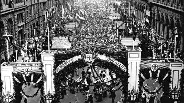 The Great Sydney Peace March and victory celebration on Armistice Day 11 November 1918/1919.