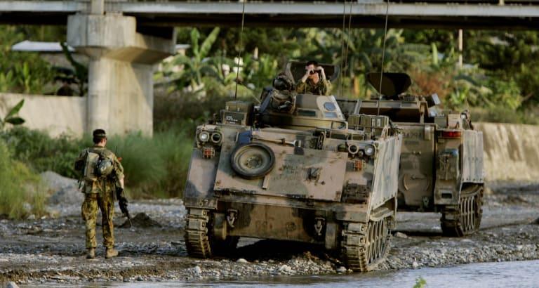 Australian soldiers on patrol in Dili, East Timor in 2006.