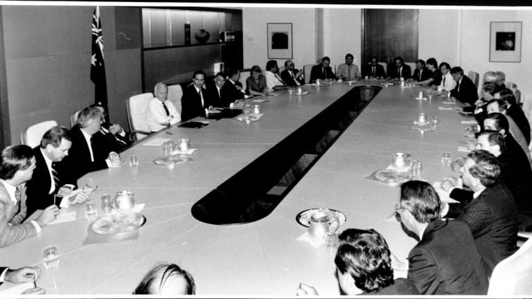 The new Prime Minister's first cabinet meeting, December 1991.