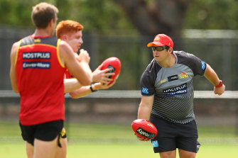 Gold Coast coach Stuart Dew is set to sign a new deal with the club.