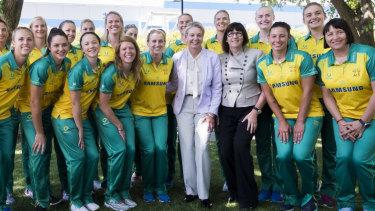 Sports minister Bridget McKenzie and Sport Australia boss Kate Palmer with the Australian netball team.