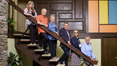 A Very Brady Renovation: Susan Olsen (Cindy), Mike Lookinland (Bobby), Eve Plumb (Jan), Christopher Knight (Peter), Maureen McCormick (Marcia), Barry Williams (Greg) at the recreated Brady house.