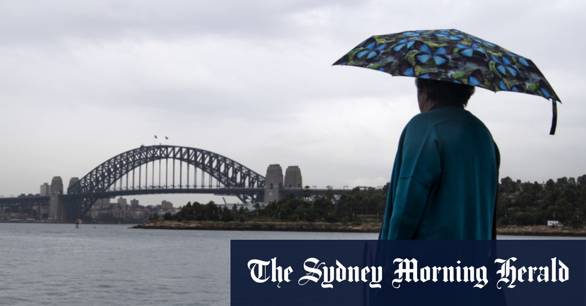 Mercury drops as heavy rain hits Sydney with more wet weather ahead – Sydney Morning Herald