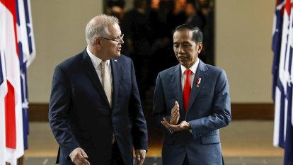 Morrison-Joko meeting called off before Australian submarines announcement