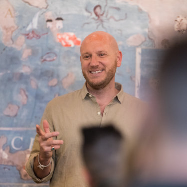 George Calombaris' meditation teacher, Jonni Pollard, is creator of the 1 Giant Mind app and travels the world as a meditation teacher to the rich and famous.