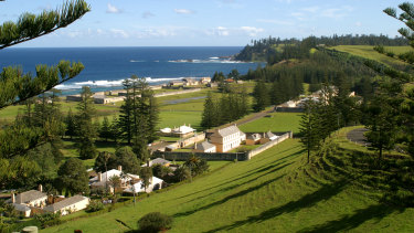 Norfolk Island's resident population could provide more clues to the genetic causes of common diseases.