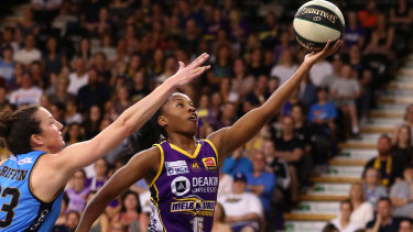 Fast break: Boomers' Lindsay Allen drives to the basket during the WNBL semi-final against the Capitals at the State Basketball Centre in Melbourne.