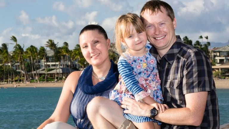 Anna, Natalia and Stephen Bowditch on holiday in Hawaii in 2014.